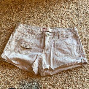L.E.I shorts size 7 low rise khaki